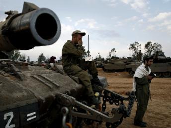 2012-11-22T090950Z_1321469966_GM1E8BM1BJ301_RTRMADP_3_PALESTINIANS-ISRAEL.jpg