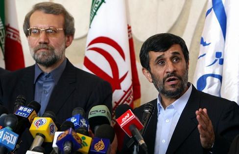 Iranian-President-Mahmoud-Ahmadinejad-Parliament-Speaker-Ali-Larijani.jpg