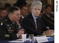 ap_us_general_david_petraeus_ryan_crocker_190_10Sep071.jpg