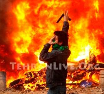 war_in_tehran_streets_10.jpg